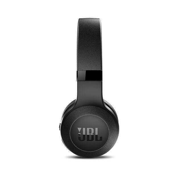 C45BT - Black Matte - Wireless on-ear headphones - Detailshot 1
